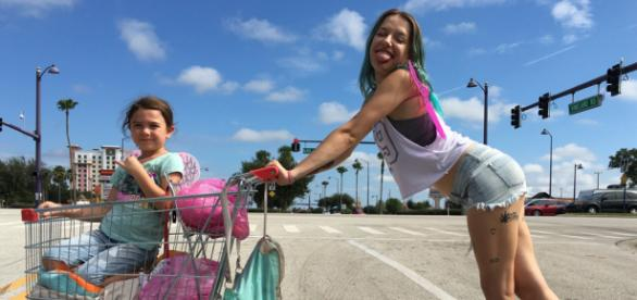 The Florida Project | Global Arts & Culture With A Local Accent - thethinair.net
