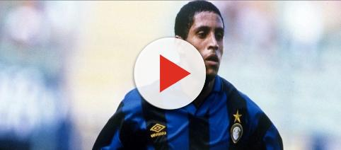 L'addio di Roberto Carlos all'Inter