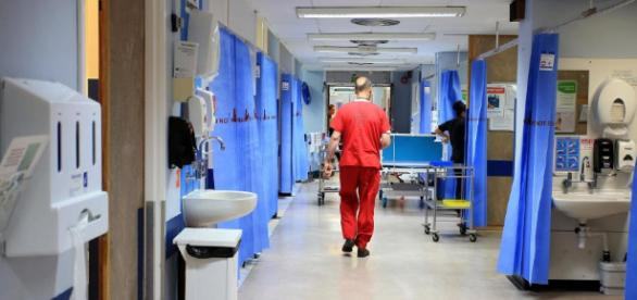 NHS loophole puts patients at risk as EU nurses are hired without ... - thesun.co.uk