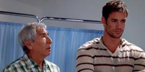 Alessandro, personagem da novela ''Sortilégio'', preocupado no hospital