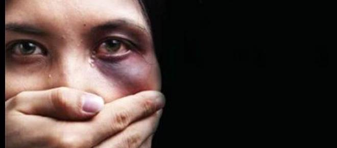 'Giù le mani', per dire di no alla violenza di genere