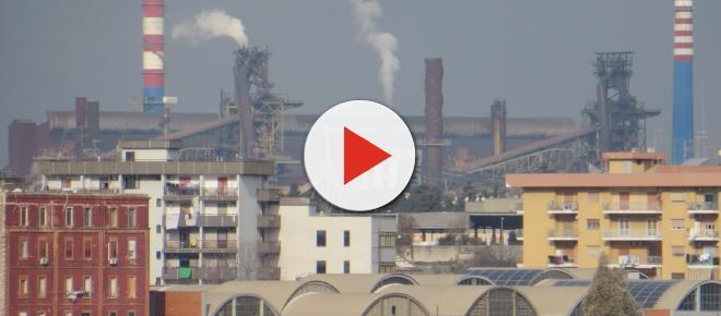 Polveri nell'aria a Taranto per colpa dell'acciaieria