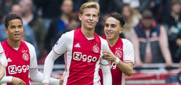 De Jong wanted by Manchester City and Arsenal in January | Inside ... - insidemcfc.com