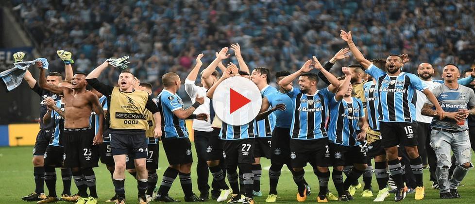Com o sonho do tri, Grêmio embarca para a Argentina e já respira a decisão