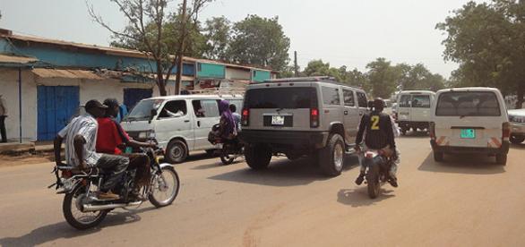 Traffico per le vie di Khartum.