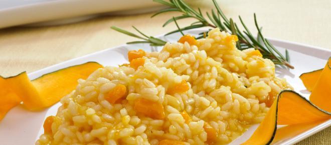 Risotto alla zucca: un piatto di stagione ricco di gusto e benefici