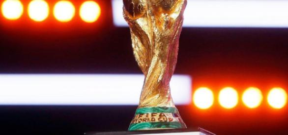 After 52 years, England will fight to lift again the trophy - dreamteamfc.com