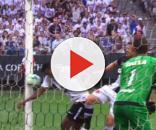 A mão de Jô contra o Vasco: três pontos para o Corinthians