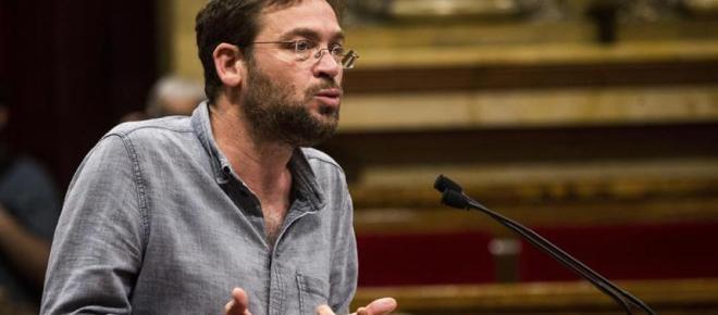 El Secretario de Podem en Cataluña dimite