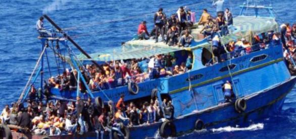 Migranti, almeno 5 morti nel Mediterraneo centrale