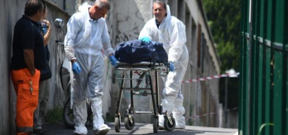Patru români din Italia au încercat să se sinucidă. Unul a şi reuşit, din păcate
