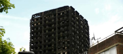 Block tower safety - Image credit CC \ Flickr