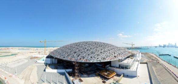 Il nuovo Louvre 2.0 ad Abu Dhabi.