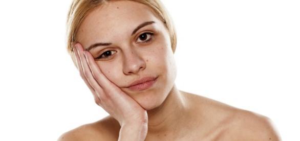 Jak zniwelować oznaki zmęczenia? (foto: kosmetykofanki.pl)