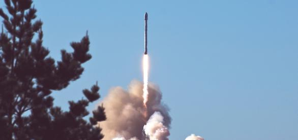 A missile being fired.(Image credit Pixabay.com -stocksnap)