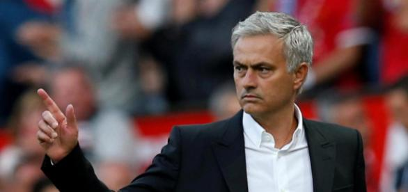 Manchester United manager Jose Mourinho to play in goal at ... - thesun.co.uk