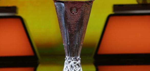 O sorteio dos 16 avos-de-final da Liga Europa conta com 32 clubes