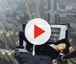 Escalador de prédio morre após fazer desafio sem segurança