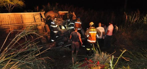 Equipes encontraram dificuldades em fazer o resgate