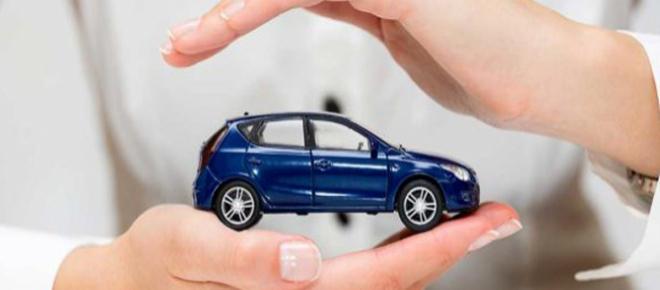 Assicurazioni auto contraffatte: siti falsi da evitare e i consigli dell'Ivass
