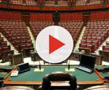 Lo scranno del Presidente nell'aula della Camera dei Deputati