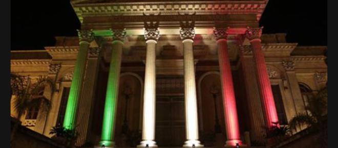 Palermo 2018: i monumenti si illuminano con il tricolore nazionale