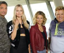 Die Jury (v.l.): Mousse T., Carolin Niemczyk, Ella Endlich und Dieter Bohlen Foto: MG RTL D / Stefan Gregorowius