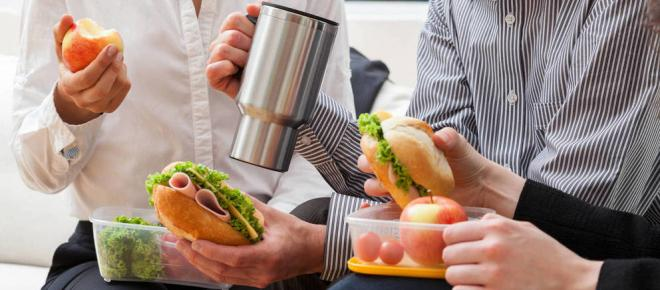 Alimentos que debes evitar en la cena si quieres adelgazar