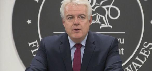 Carwyn Jones had 'no alternative' but to sack deceased minister ... - sky.com