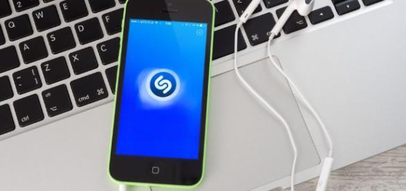 Apple has confirmed to buy Shazam - yahoo.com