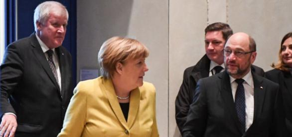 Merkel, Schulz, Seehofer - Die Pattex-Parteichefs | Cicero Online - cicero.de