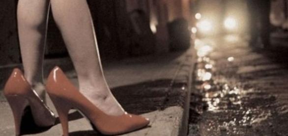 Salerno: costretta dalla madre a prostituirsi - foggiatoday.it
