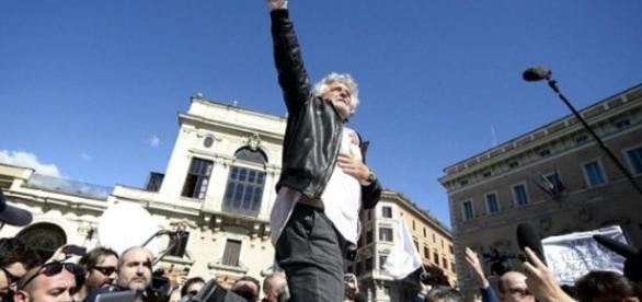 Svolta garantista di Grillo: l'M5s scopre che l'avviso di garanzia ... - today.it