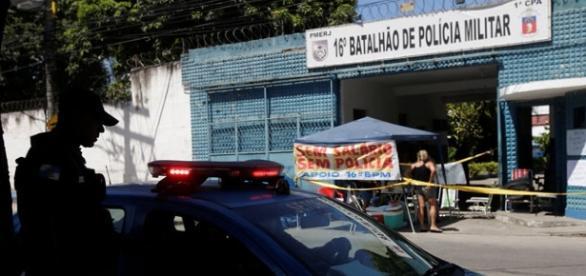 Em 27 batalhões do Rio de Janeiro já foram registrados protestos realizados pelos familiares dos PMs