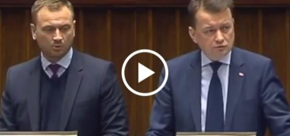 Minister Błaszczak stanowczo odpadł zarzuty Nitrasa.