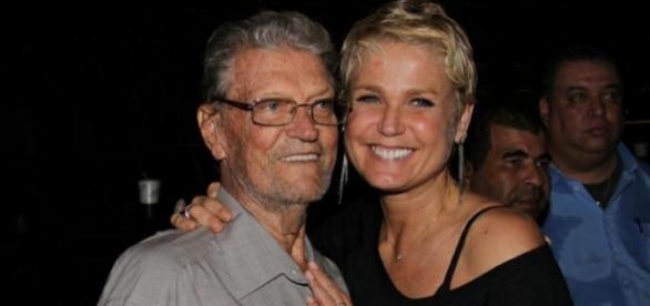 O pai de Xuxa está em estado grave