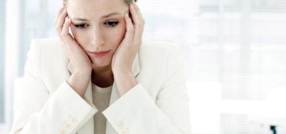 Os sintomas causados pela menstruação atrapalham a mulher no trabalho