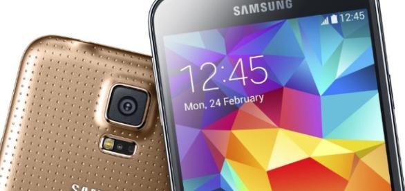 Smartphone, ecco quali sono le insidie per i vostri dati personali