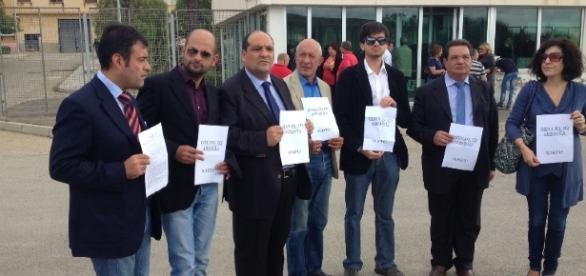Amnistia e indulto, una delle manifestazioni promosse ad Agrigento davanti al carcere Petrusa - foto comunicalo.it