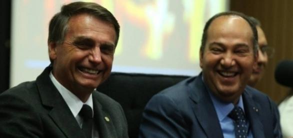 Bolsonaro viajou com Pastor Everaldo e se batizou em Israel (Foto: Reprodução)