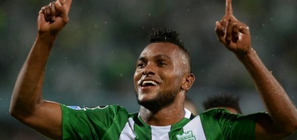 Borja é recebido com festa pela torcida. (http://blast.blastingnews.com/news/edit/).