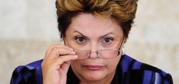 Dilma solta nota à imprensa na data de hoje, refutando as acusações da revista (Reprodução: web)