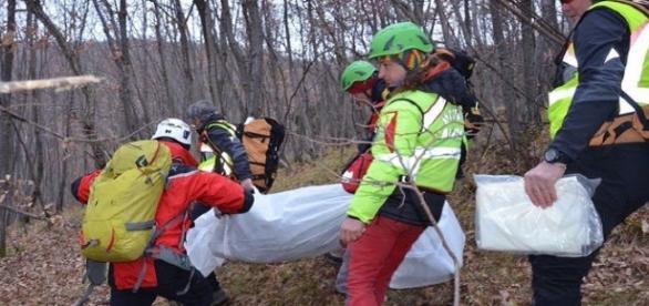 ROMÂN găsit MORT într-o pădure din ITALIA