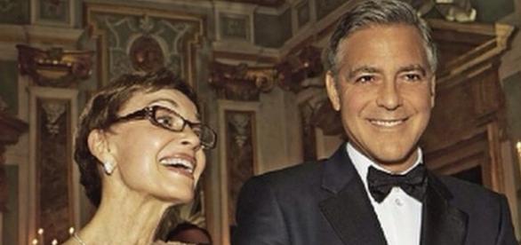Nina Clooney, a futura vovó, confirmou os rumores de que seu filho será pai de gêmeos