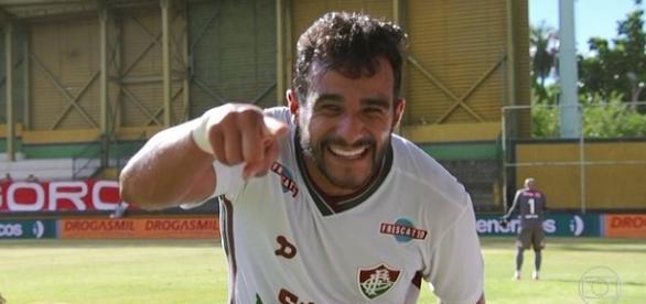 Com dois gols, Henrique Dourado contibuiu para goleada do Flu sobre o Bangu em Xerém (Foto: Hector Werlang/Globoesporte)