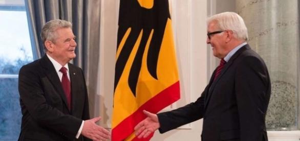 Vorgänger und Nachfolger: wie wird Steinmeier agieren? (Fotoverantw./URG Suisse: Blasting.News Archiv)