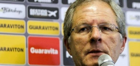Carlos Eduardo Pereira fala sobre polêmica em redes sociais (gazetaesportiva.com)