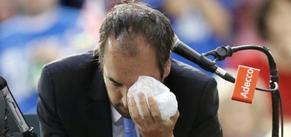 Copa Davis: Operado el árbitro que recibió un pelotazo de ... - marca.com