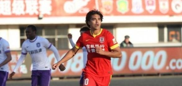 Marcelo Moreno acerta com clube chinês e adia retorno ao Brasil - pasionfutbol.com