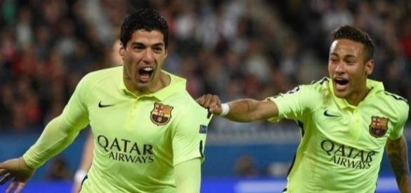 Suárez e Neymar estarão em campo para enfrentar o PSG, em Paris, nessa terça-feira.